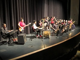 Growing bands program hits holiday notes